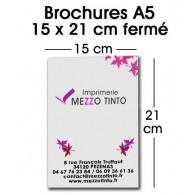 BROCHURE 15 X 21 CM Sans couverture